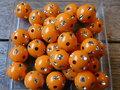 Kunststof-rond-12mm-met-strassteentje-oranje