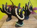 Set-van-4-armbanden-op-elastiek-met-kralenkapjes